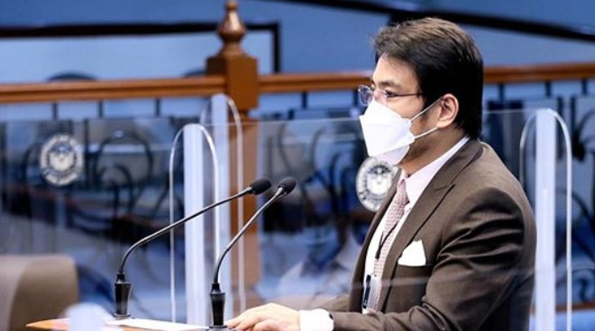 Bong Revilla develops pneumonia following COVID-19 diagnosis