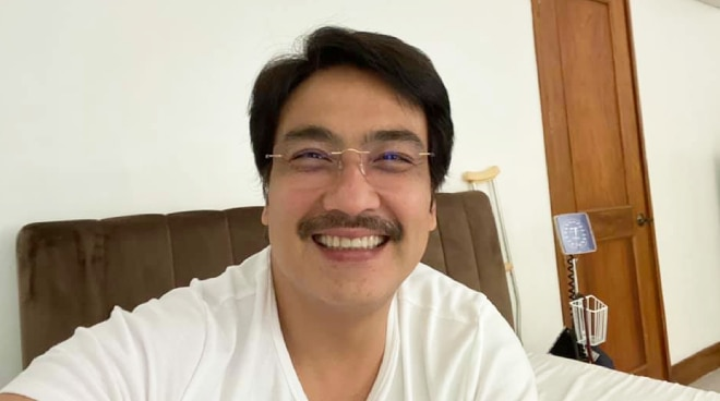 Bong Revilla cleared by doctors to end isolation